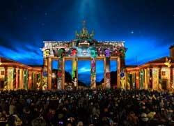 Foto-Brandenburger-Tor-im-Festival-of-Lights-2019_Foto_Credit_Festival-of-Lights