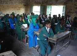 Blick-in-eine-alte-Schule_Aufgenommein-Mekane-Selam-Oktober-2018_02